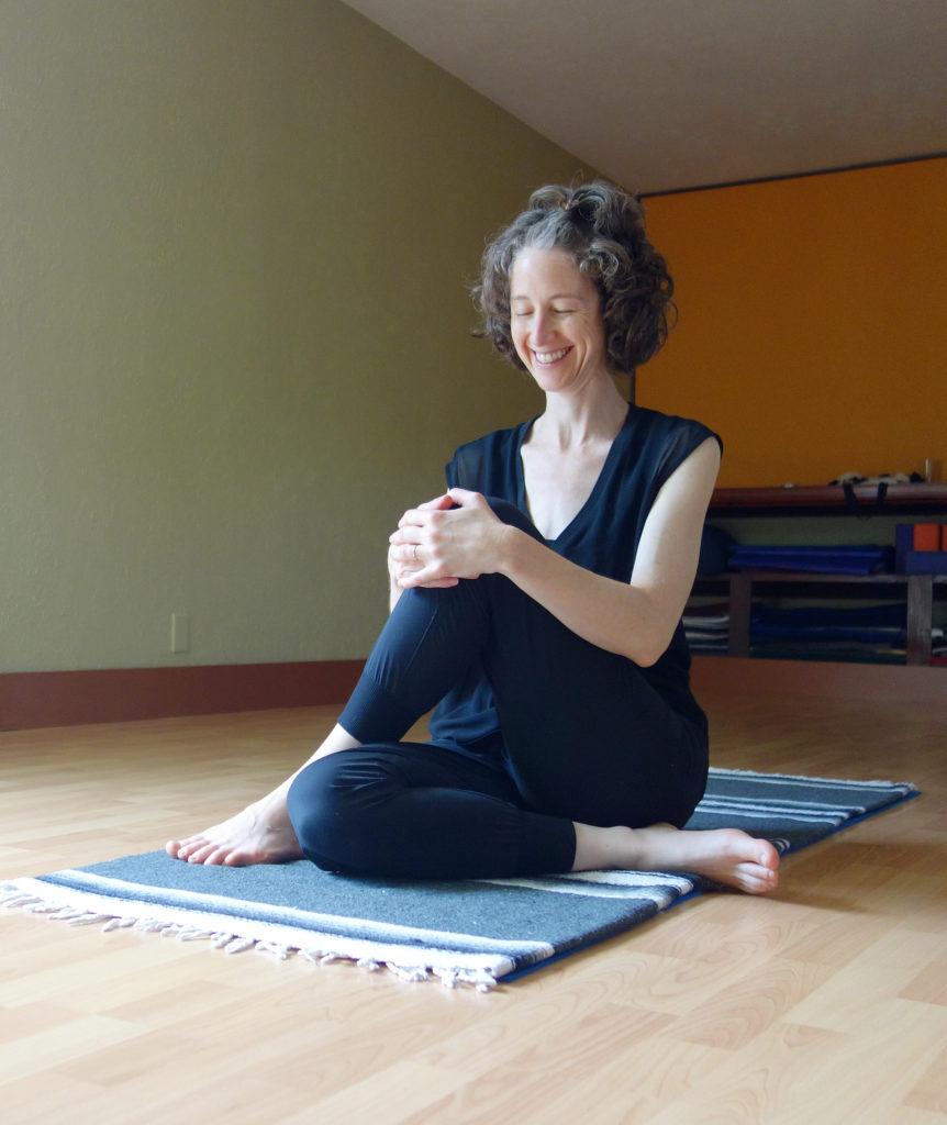 somatic yoga dallas Jessica O'Keefe Ardha Matsyendrasana